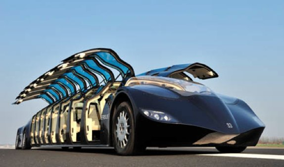 Superbus Gullwing doors