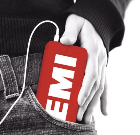 Apple signs EMI