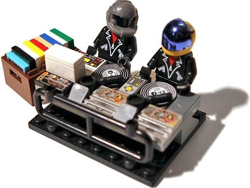 Daft Punk minifig