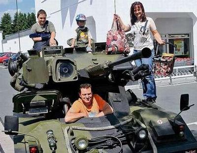 Fox Tank
