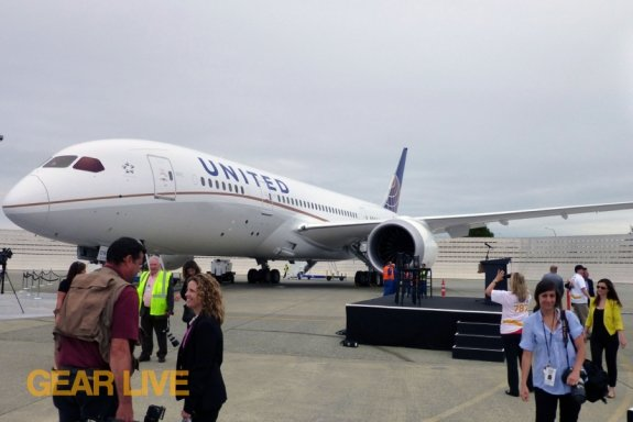 United Boeing 787 Dreamliner