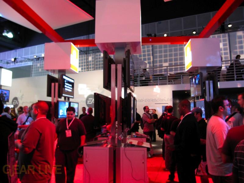 E3 09: EA Sports Displays