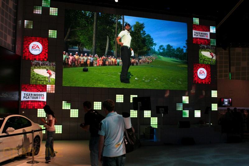 E3 09: Trailer display