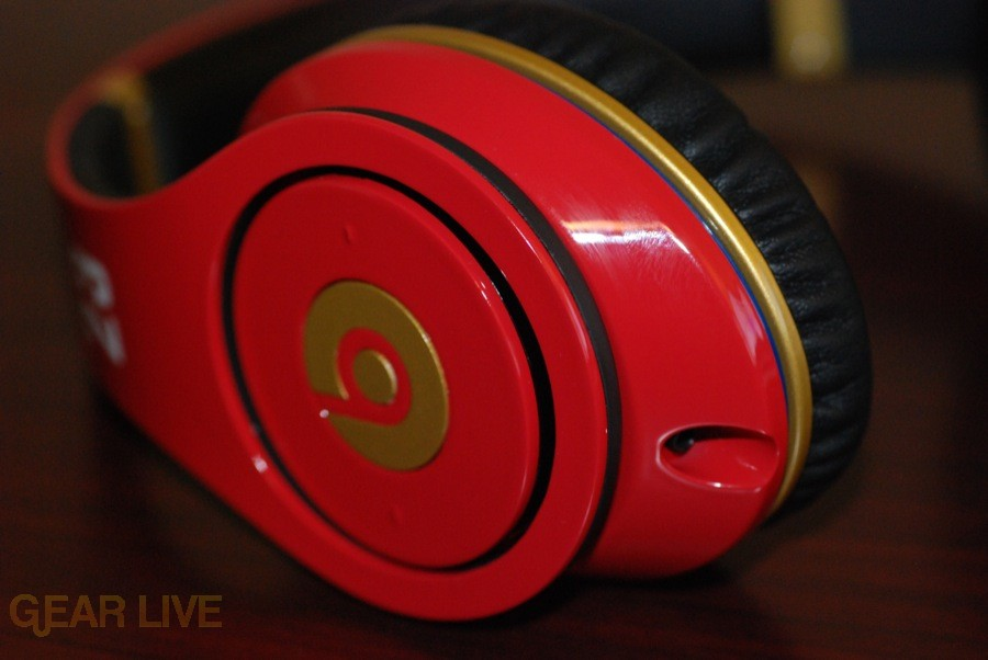Beats by Dr. Dre Red LeBron James Customs outer cup