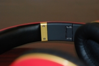 Beats by Dr. Dre Red LeBron James Customs inner
