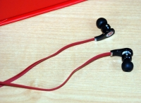 Beats by Dr. Dre Tour earbuds out