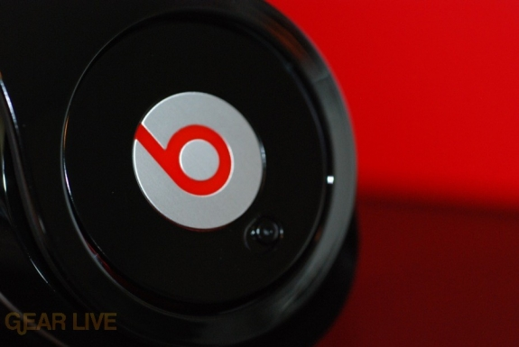 Beats by Dr. Dre headphones logo