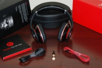 Beats by Dr. Dre headphones unboxed