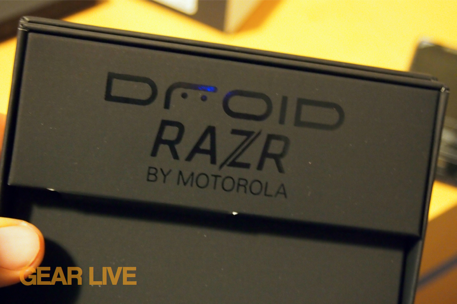Droid RAZR logo in box