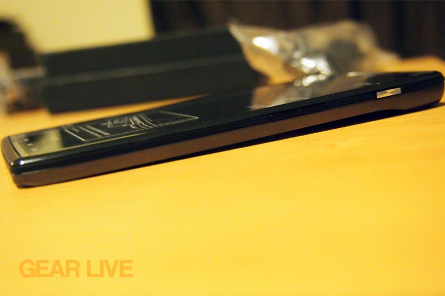 Motorola Droid RAZR profile