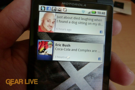 Motorola Droid X social networking