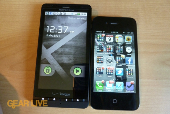 Motorola Droid X vs iPhone 4
