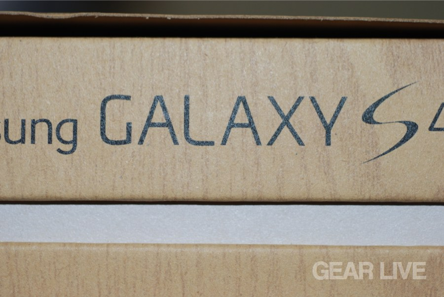 Samsung Galaxy S4 side logo