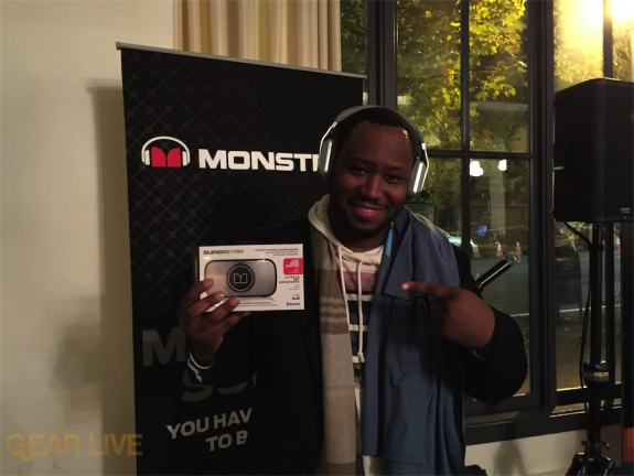 VellVett rocks the Monster gear