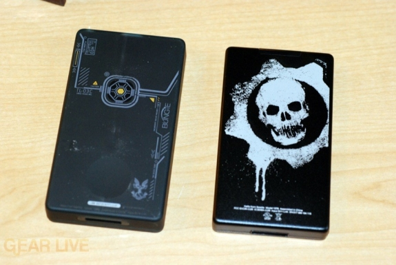 Gears of War 2 Zune vs. Halo 3 Zune