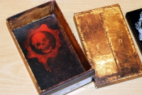 Gears of War 2 Zune: Inner box art