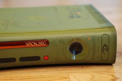 Alternate view of Xbox 360 Halo 3 Special Edition faceplate
