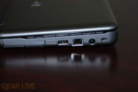 HP Mini-Note right side ports