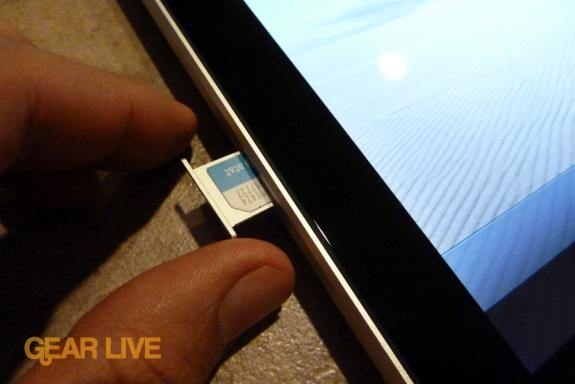 iPad 3G MicroSIM tray