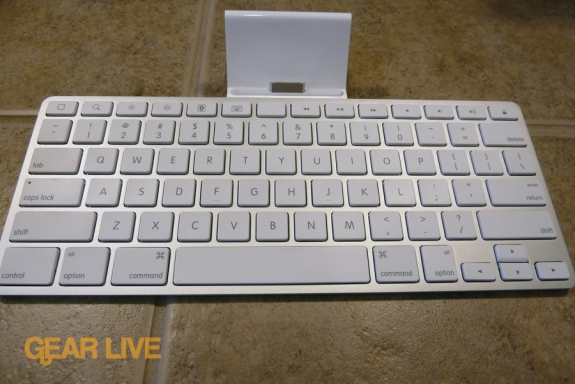 The iPad Keyboard Dock unboxed