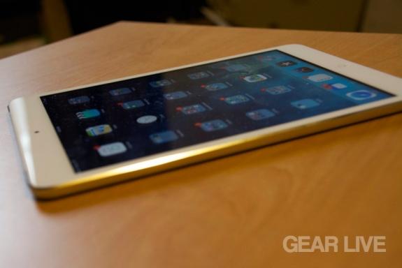 Retina iPad mini side bezel