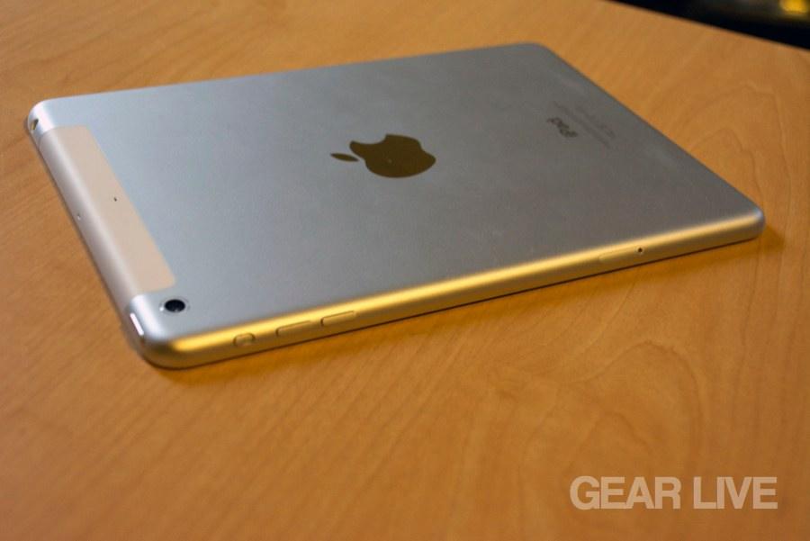 Retina iPad mini LTE rear