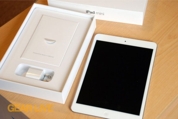 iPad mini out of box