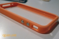 iPhone 4 orange Bumper Case volume buttons