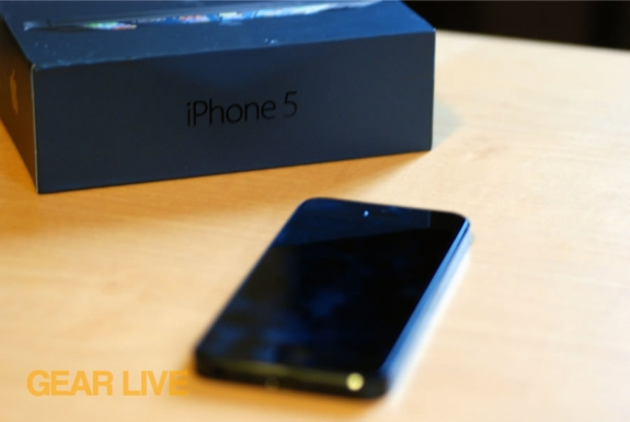 iPhone 5 black & slate out of box