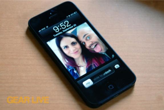 iPhone 5 black & slate lock screen