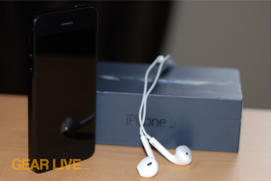 iPhone 5 black & slate with box and EarPods
