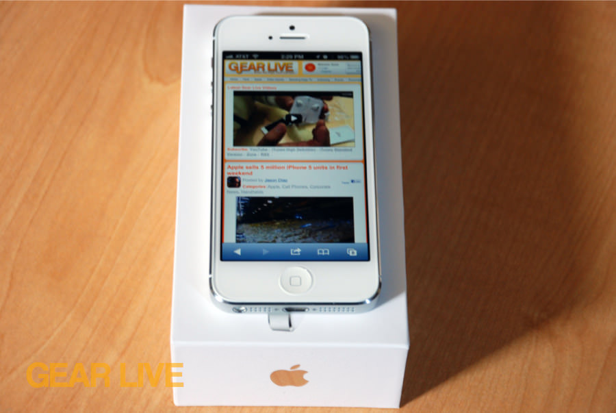 iPhone 5 White & Silver on top of box