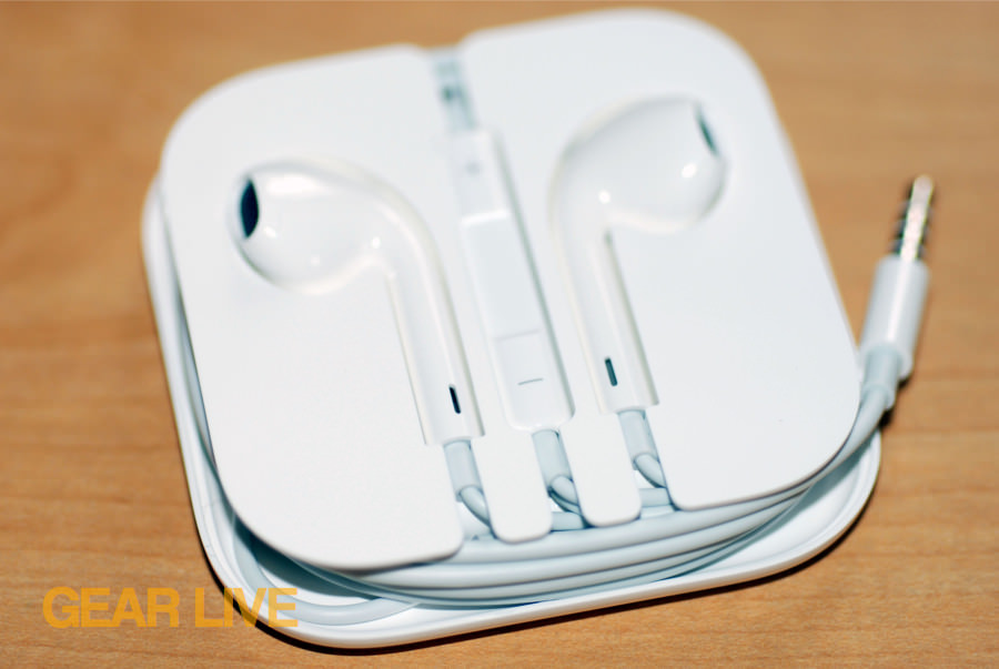 iPhone 5 White & Silver EarPods