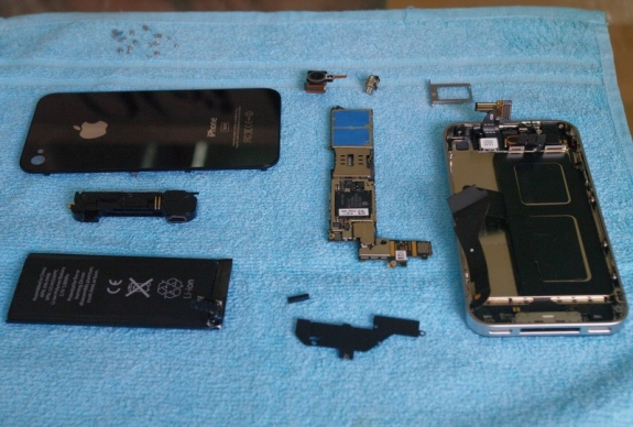iPhone HD teardown reveals Apple A4 chip