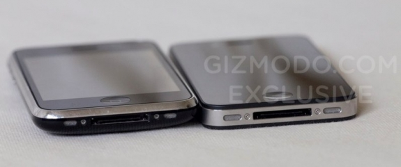 iPhone HD vs iPhone 3GS: Bottom