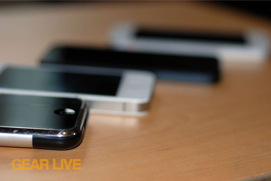 iPhone, iPhone 4S, iPhone 5 (white and black) lined up