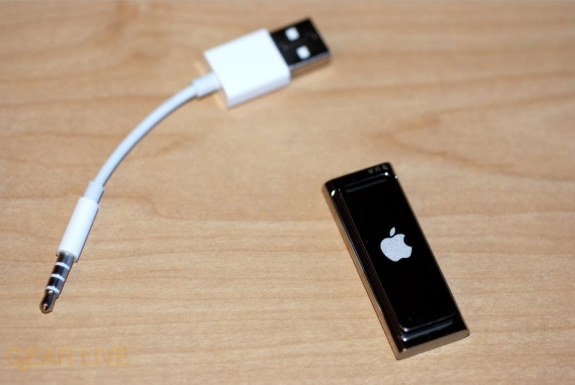 iPod shuffle Special Edition sync cable
