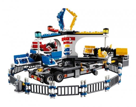 LEGO Fairground Mixer 10244 - Mixer Complete