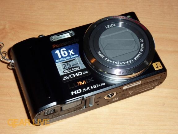 Panasonic Lumix ZS7: Front