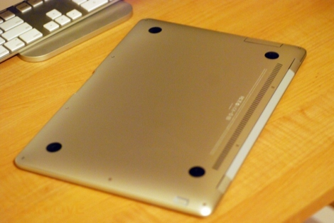 MacBook Air bottom