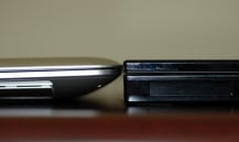 MacBook Air vs. Voodoo Envy 133 thick side closer