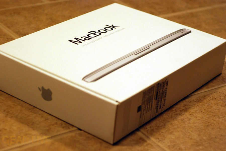 MacBook Aluminum unboxing