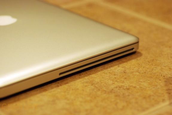 MacBook 2008 DVD drive