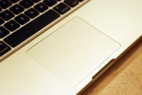 MacBook 2008 glass trackpad