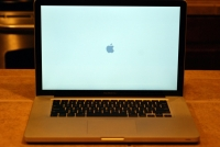 MacBook Pro 2008 boot up