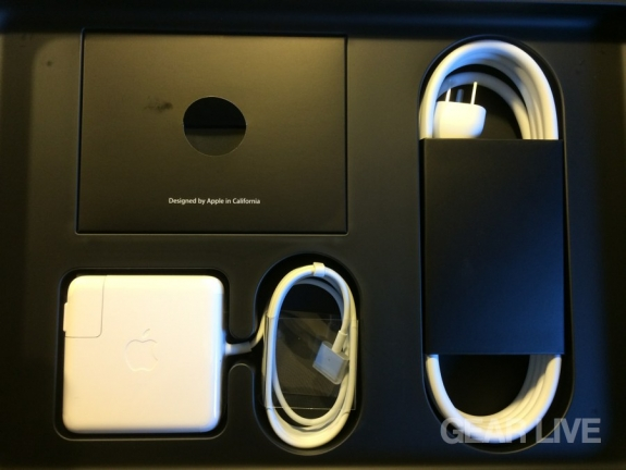 MacBook Pro (late 2013) included accessories