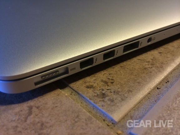 MacBook Pro (late 2013) I/O ports