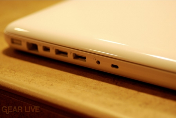 White unibody MacBook ports
