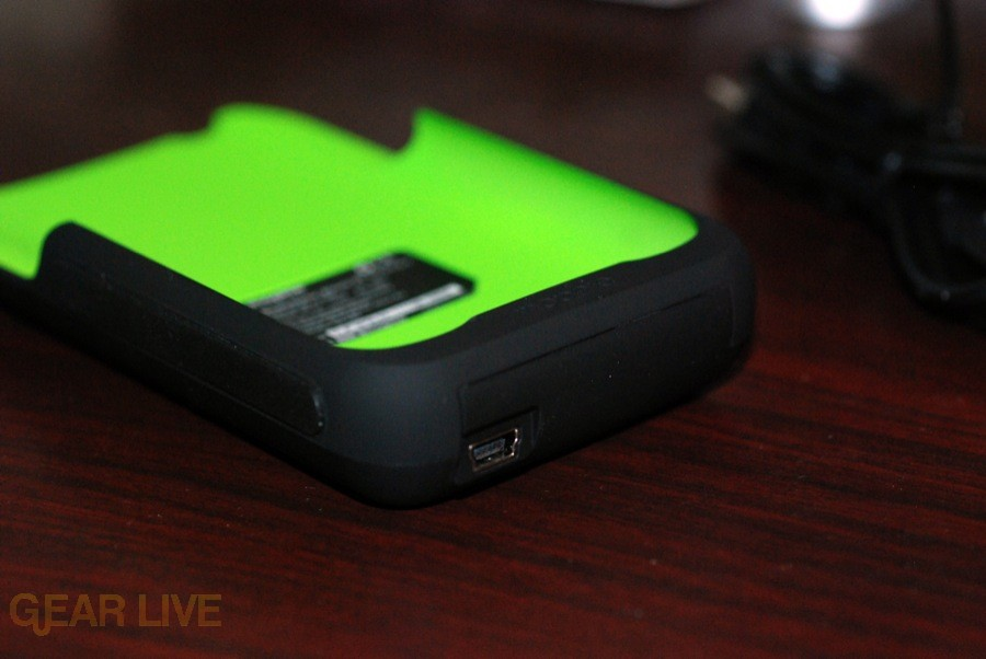 Mophie Juice Pack 3G USB connector