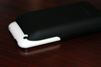 Mophie Juice Pack 3G back with iPhone